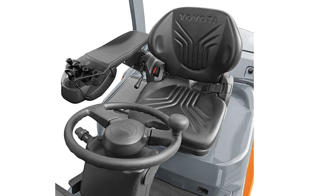 Toyota Tonero HST: Geräumige Fahrerkabine ohne Schnickschnack. | Foto: Toyota Forklifts Europe
