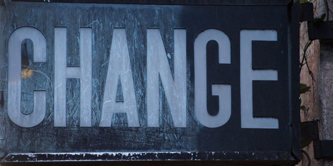 Change-Schild | Foto: Dr. Stephan Barth - pixelio.de