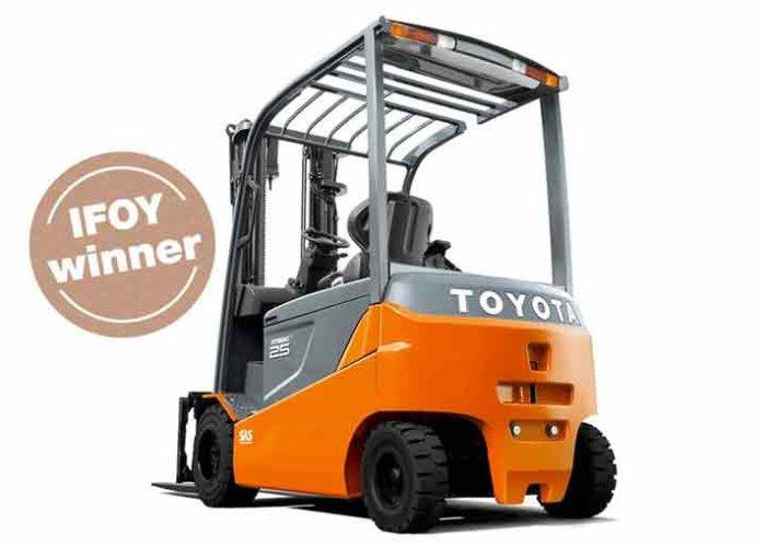 Toyota_Traigo_80_01_1024x65-700x500.jpg