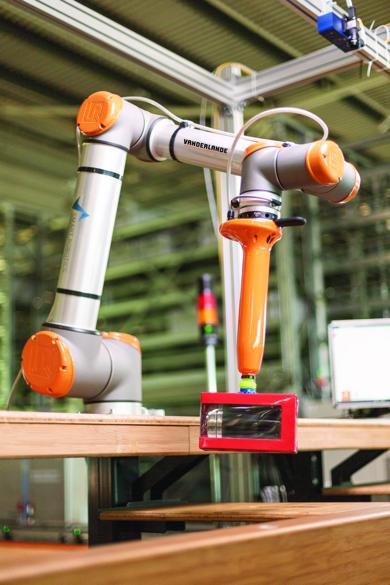 Roboter SIR (Foto: Vanderlande)
