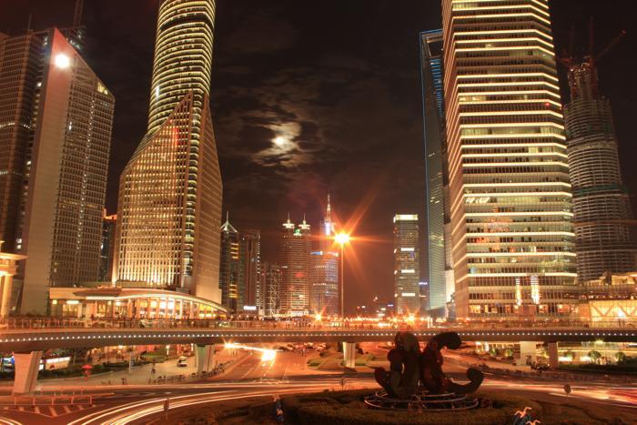 Shanghai: Symbol des chinesischen Wirtschaftswunders. (Foto: Florentine / www.pixelio.de)