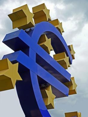 Weltkrise: Die Banken könnten in Schieflage kommen (Foto: Lupo / www.pixelio.de)