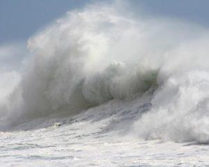 Kosten-Tsunami: Das Corona-Virus wird Europa unermesslich viel kosten. (Foto: Janusz Klosowski / www.pixelio.de)