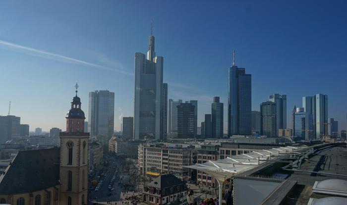 Skyline von Frankfurt (Foto: Joerg Trampert / www.pixelio.de)