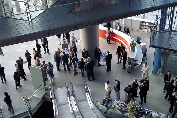 Der BA EMI April 2020 hat den Tiefststand während der Finanzkrise im Jänner 2009 unterschritten. (Foto: Henning Hraban / www.pixelio.de)