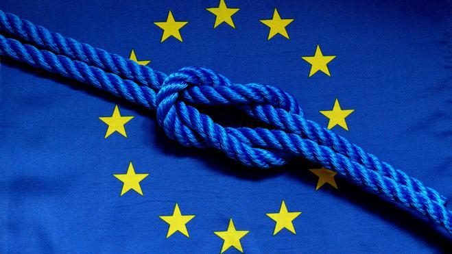 Freiheit: Die Bande der europäischen Demokratien sind fest. (Foto: Lupo / www.pixelio.de)