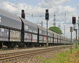 Logistikindikator: Die Logistik läuft noch nicht ganz rund. (Foto: Erich Westendarp / www.pixelio.de)