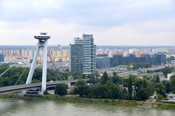 Donauraum - Hauptstadt der Slowakei, Bratislava, hat sich zur Boom-Town gewandelt. (Foto: Ruth Rudolph / www.pixelio.de)
