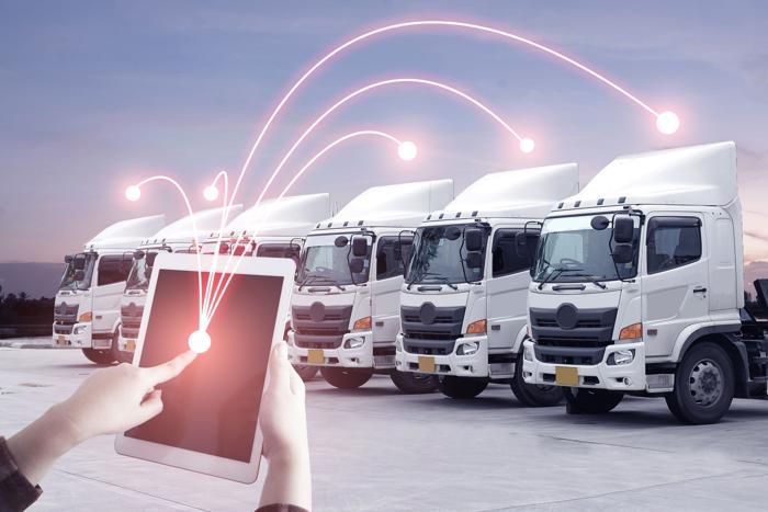 Strassengüterverkehr – Die Transportbranche steht vor disruptiven Entwicklungen, wenn sie nicht positiv darauf reagiert. (Foto: Shutterstock AT Kearney / RS MEDIA WORLD Archiv)