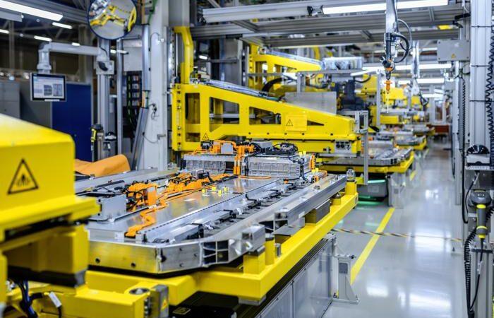 Batterieproduktion von Mercedes-Benz (Foto: Mercedes-Benz / RS MEDIA WORLD Archiv)
