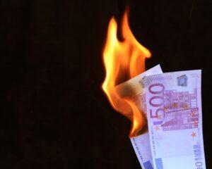 Investoren sorgen sich mittlerweile um eine Überhitzung der Konjunktur, auf welche die Inflationsraten und wachsende Geldmengen hinweisen.